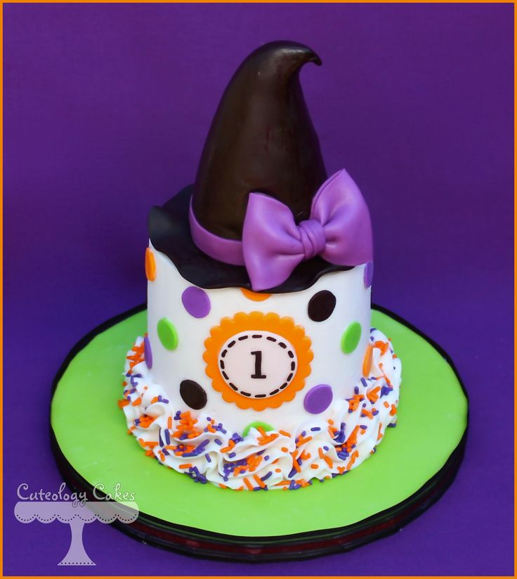 Halloween/ Witch themed smash cake www.facebook.com/i.love.cuteology.cakes