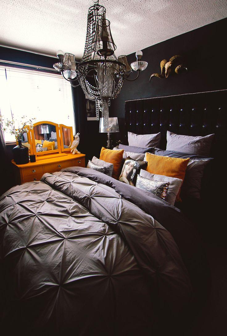 Best 25 dark bedrooms ideas on pinterest black bedrooms for Do your own interior design