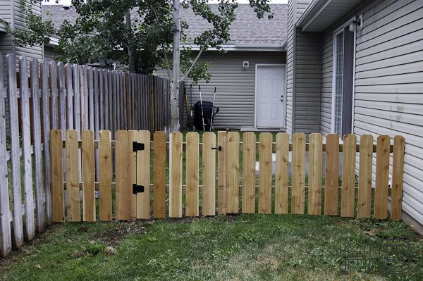 17 best images about diy fencing on pinterest for dogs for How to build a cheap fence