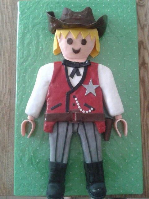 Playmobil cowboy cake from the western theme