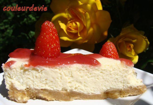 Cheesecake vanille au coulis de fraises (sans cuisson) | Couleurdevie
