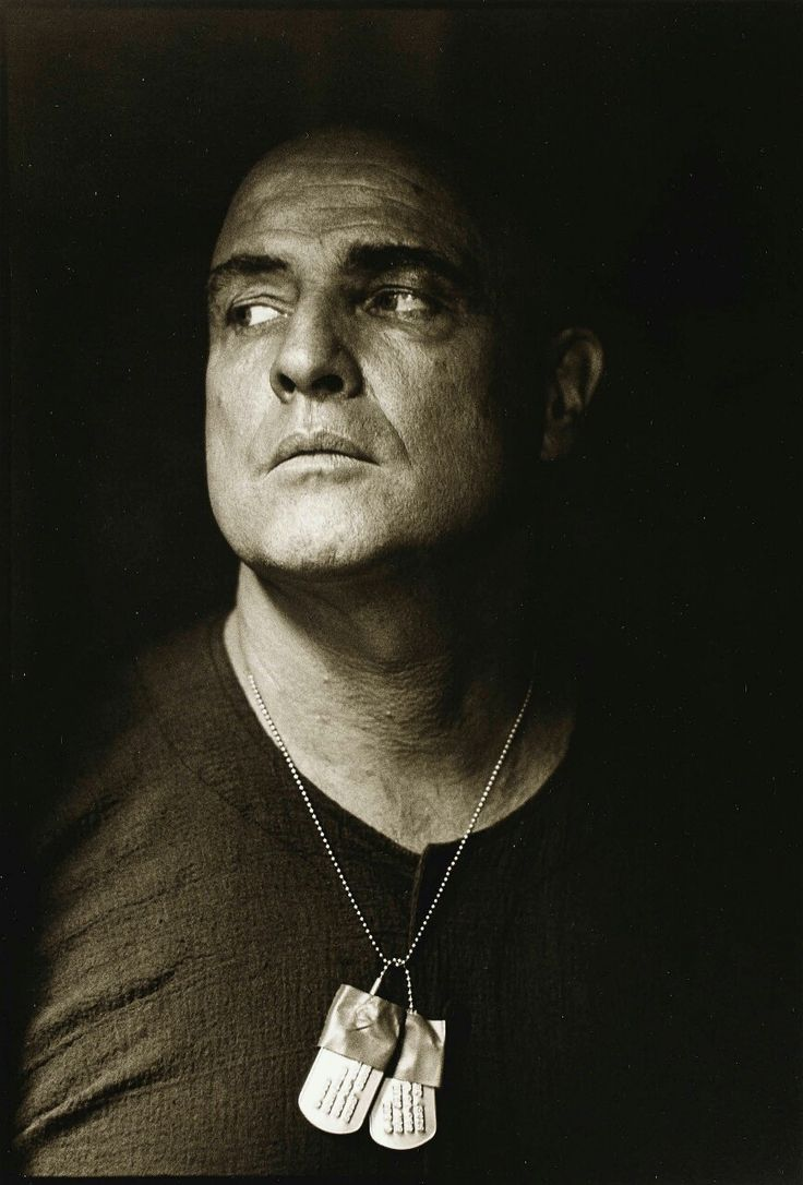17 best images about apocalypse now 1979 marlon brando on the set of apocalypse now by mary ellen mark