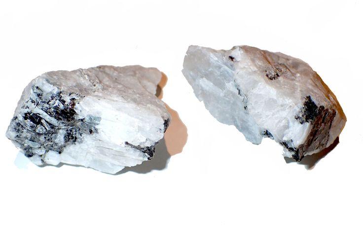 MOONSTONE Crystal Chunks large – Wandering Market