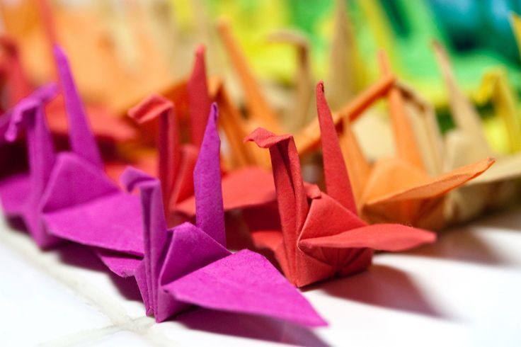 Did you know that origami is not only easy but meditative, too?