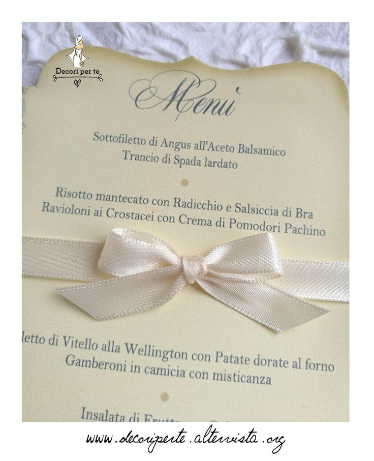 Vintage menu with wooden stick Menu' vintage con paletta in legno