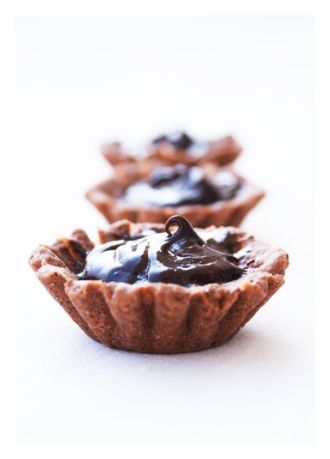 Chocolate ginger net tarts