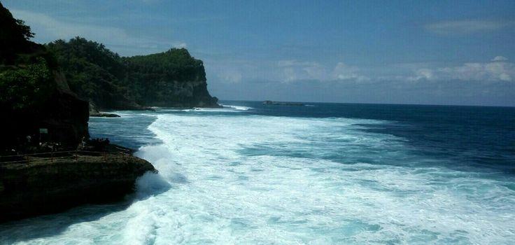 Fotografi Banyutibo Beach Indonesia