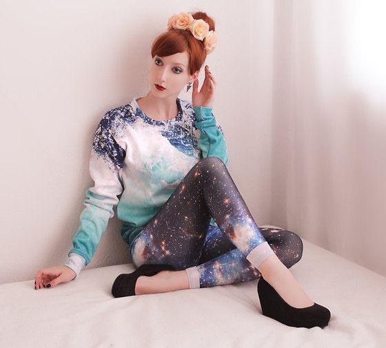 H Roses Hairband, Romwe Aztec Earrings, Shelfies Waves Sweater, Black Milk Clothing Galaxy Blue Leggings, H Wedges