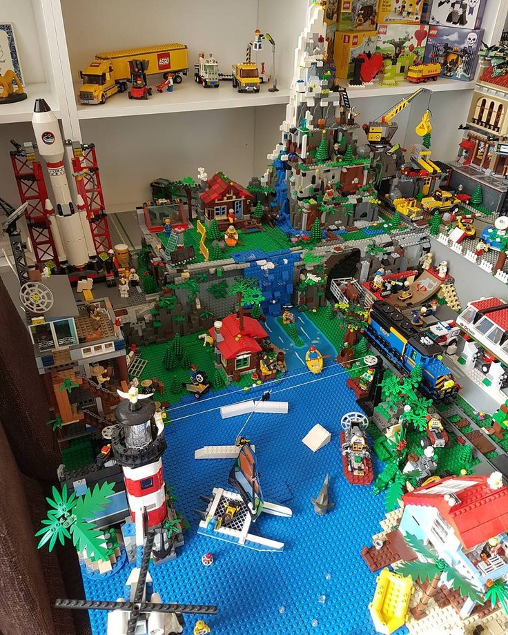 Why stop  mountain section clean up en remodeling #lego #legocity #afol #moc #brick #lego #construction #collection #brickcity #moc #bricks #construction #lego #legofan