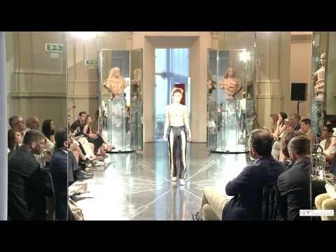 Sfilata 2015 | Next Fashion School -Scuola di Moda che prepara stilisti, modellisti e professionisti del Fashion System