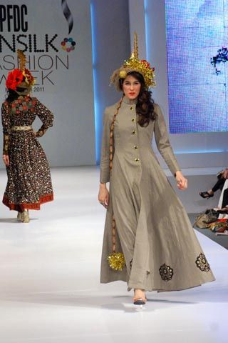 Sabina Pasha at PFDC Sunsilk Fashion Week 2011 Lahore