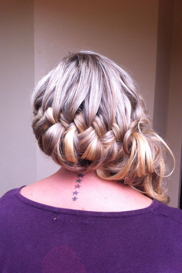 Bridal braid upstyle