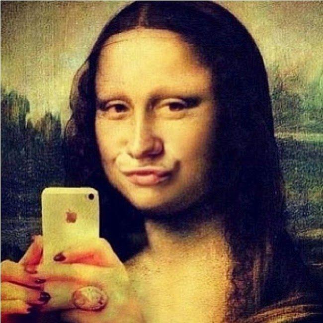 Mona Lisa selfie - hahaha
