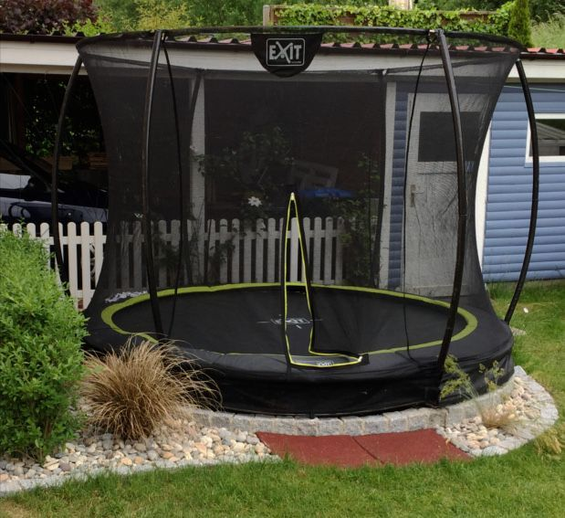 Inground Trampoline For Carefree Pleasure In The Garden Carefree Garden Inground Pleasure Trampolin In 2020 Backyard Trampoline Garden Trampoline Sunken Trampoline