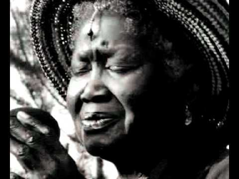 """Odetta - House of the Rising Sun """"if only one could be sure that every 50 years a voice and asoul like Odetta´s would come alone , the centuries would pass so quickly and painlessly we would hardly recognize time """" - Maya Angelou"""