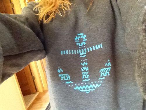 Cute sweatshirt with aqua blue anchor!!