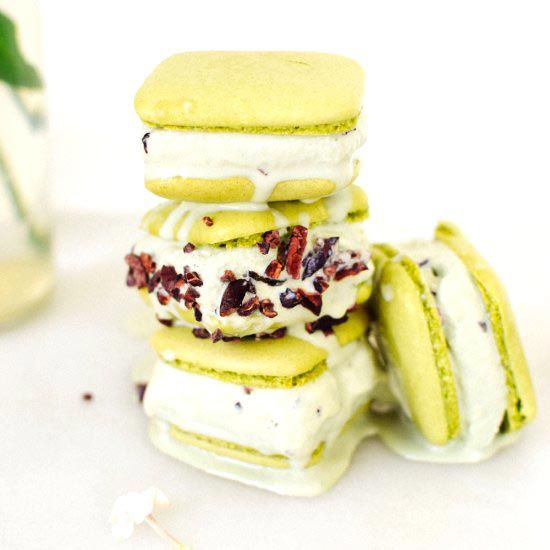1000+ images about Crazy about macarons... on Pinterest | Macaroons ...