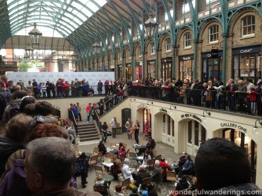 Covent Garden London: there's always plenty to see! via @Andrew Wonderful Wanderings