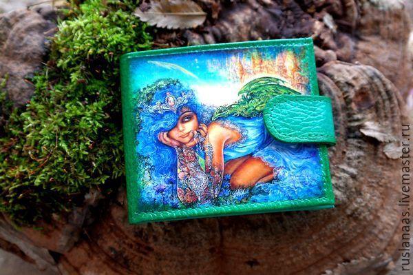 """Купить Кошелек женский кожаный с рисунком""""Заклинательница драконов"""" - зеленый, рисунок, кошелек женский кожаный"""