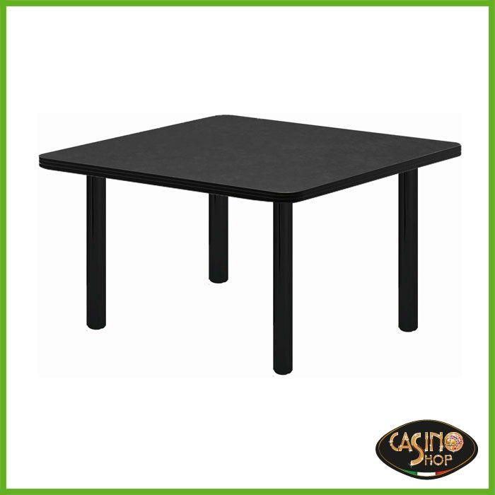 ART.0136 Tavolo da burraco. Tavolo da gioco con gambe di metallo dal diametro di 6cm. Il tavolo è costruito in legno e il piano è rivestito con un panno in microfibra dal colore nero. Dimensioni del Piano: 80x80 cm.  Altezza: 74.5 cm.