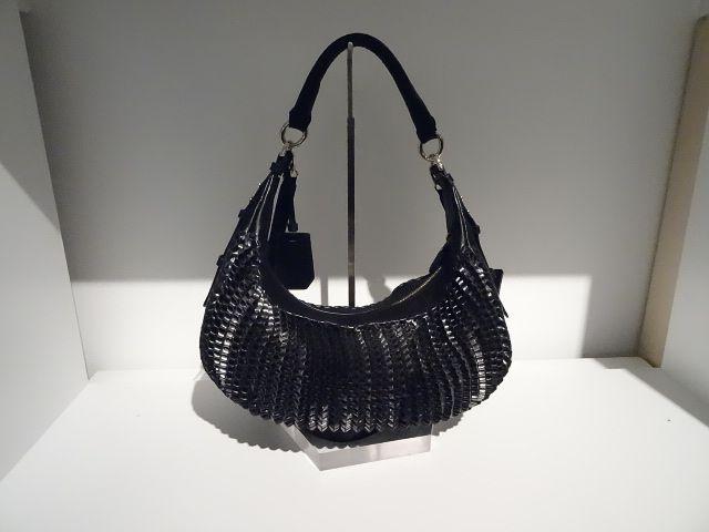 Sac à main cuir Collection femme H14 Diane Von Furstenberg Disponible dans la boutique algorithme la loggia Strasbourg (paiement à distance et envoi possible)