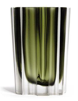 3502 glass vase