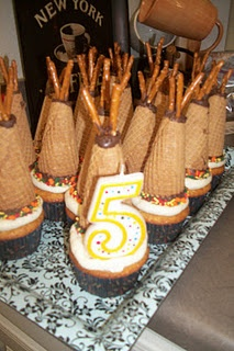 TeePee Cupcakes! What a great child birthday party idea!!