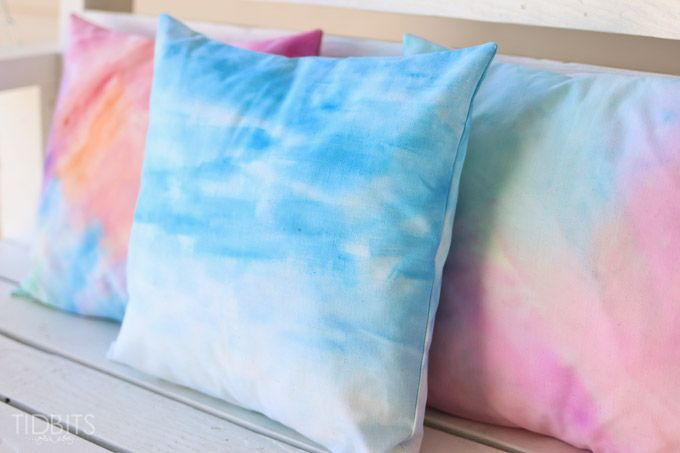 How to Watercolor Paint on Fabric - and Make It Into a Pillow! | Hometalk