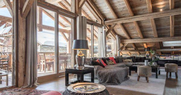 Quelques pistes pour investir dans l'immobilier à Megève.  La famille Rothschild l'avait pressenti, Megève n'est vraiment pas un village de montagne comme les autres.