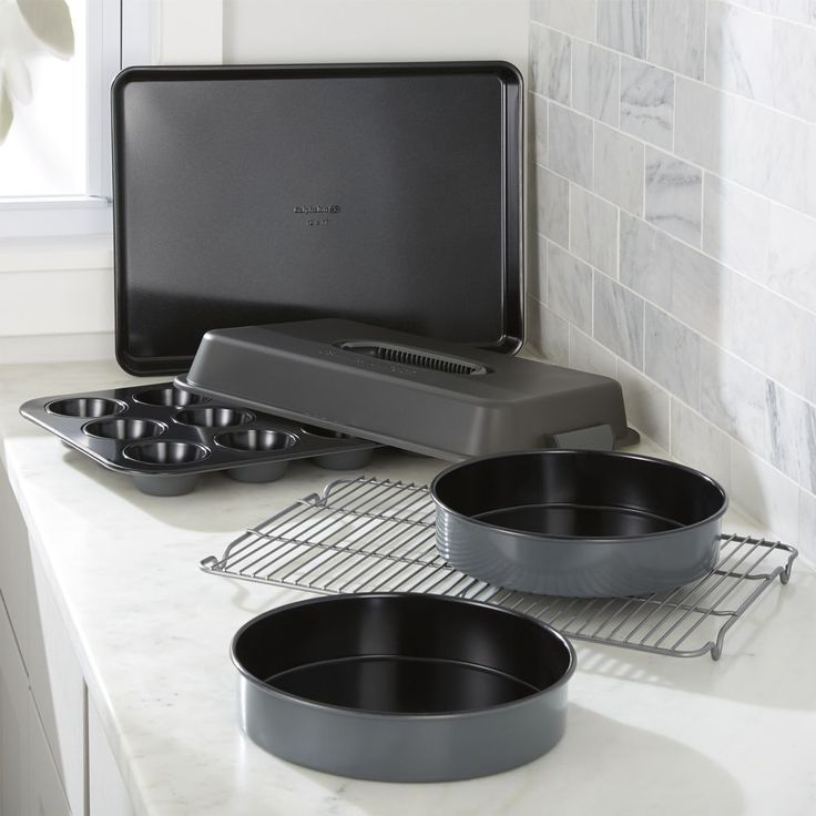 Calphalon ® Signature 6-Piece Ceramic Bakeware Set - Crate and Barrel