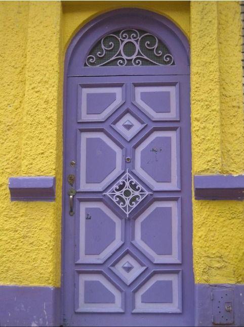 La Candelaria, Bogotá, Colombia ~ @Mark Van Der Voort Van Der Voort Candelaria