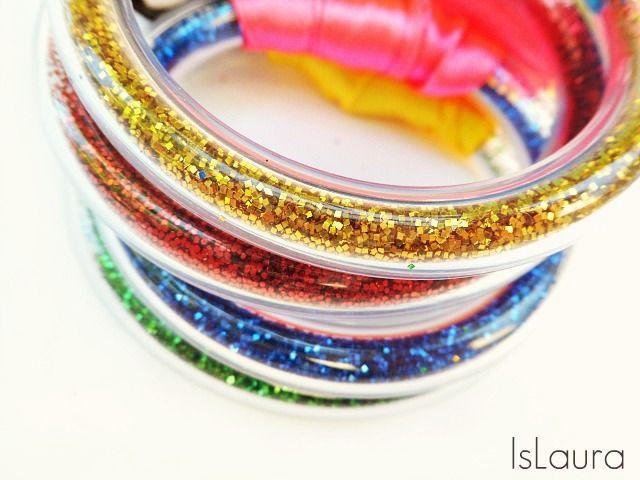 Glitter, colore, tubi e fiocchi : islaura