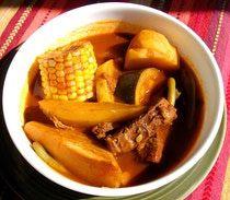 Aromático, nutritivo y reconfortante es el mole de olla, clásico guiso casero mexicano.