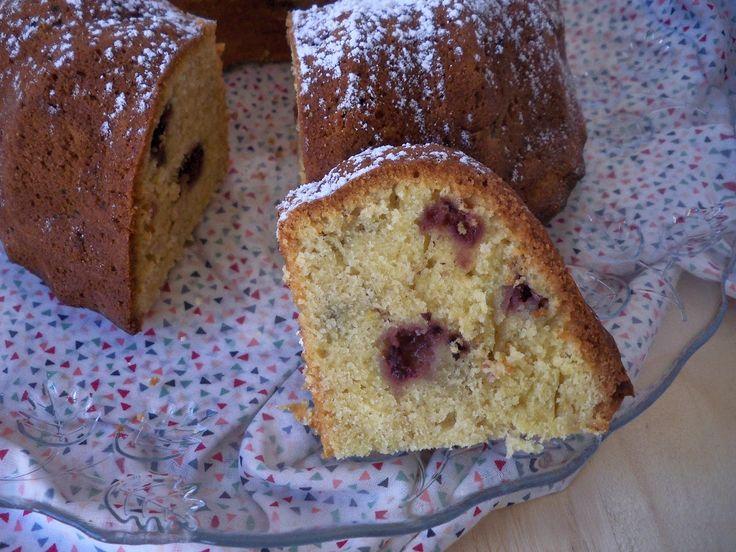 Aurea´s Kitchen: Dulce: Bundt cake de moras y buttermilk