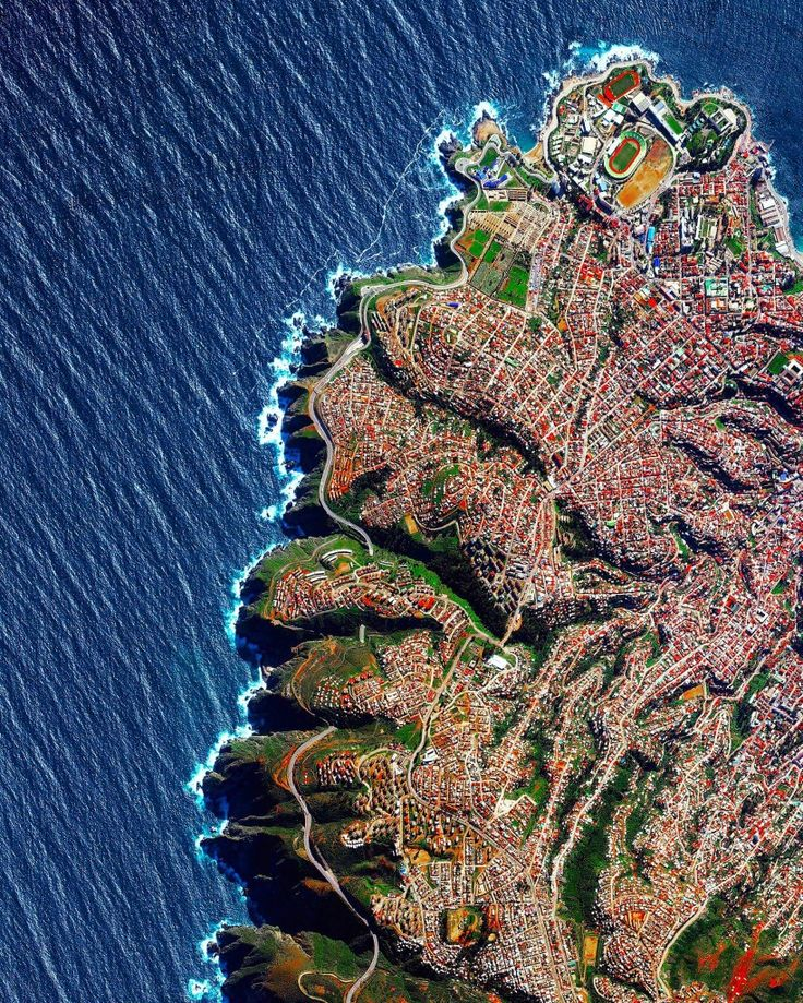 "Here is an Overview of Valparaíso, Chile to continue this week's focus on our oceans. The city, home to 285,000 residents, is built upon dozens of steep hillsides and is known as ""The Jewel of the Pacific"". In 2015, the Chilean government announced that it had created the largest marine reserve in the Americas by protecting an area of 115,000 miles (roughly the size of Italy) off its coast. -33.0290936,-71.646348 Source imagery: DigitalGlobe"