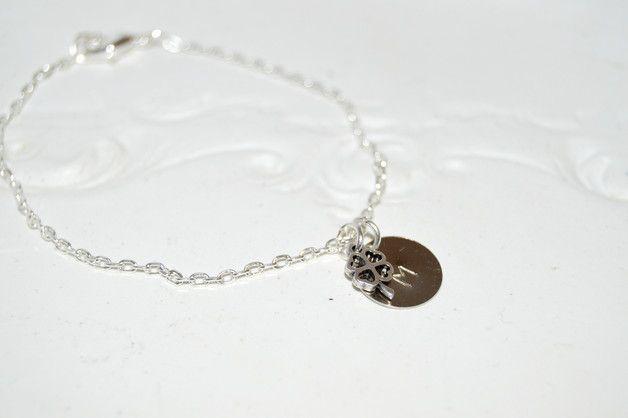 Armbänder - Initialen Armband mit Kleeblatt - ein Designerstück von Miams-Shop bei DaWanda