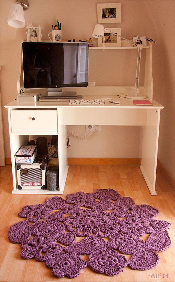 Trapillo rug crochet samples of flowers. Crochet by SweetandKnit, €70.00