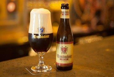 Troubadour obscura - Sout belga 8,2º bel colore rosso/nero e crema beige persistente. Buona stout, voto medio, di facile bevibilità ma non banale.