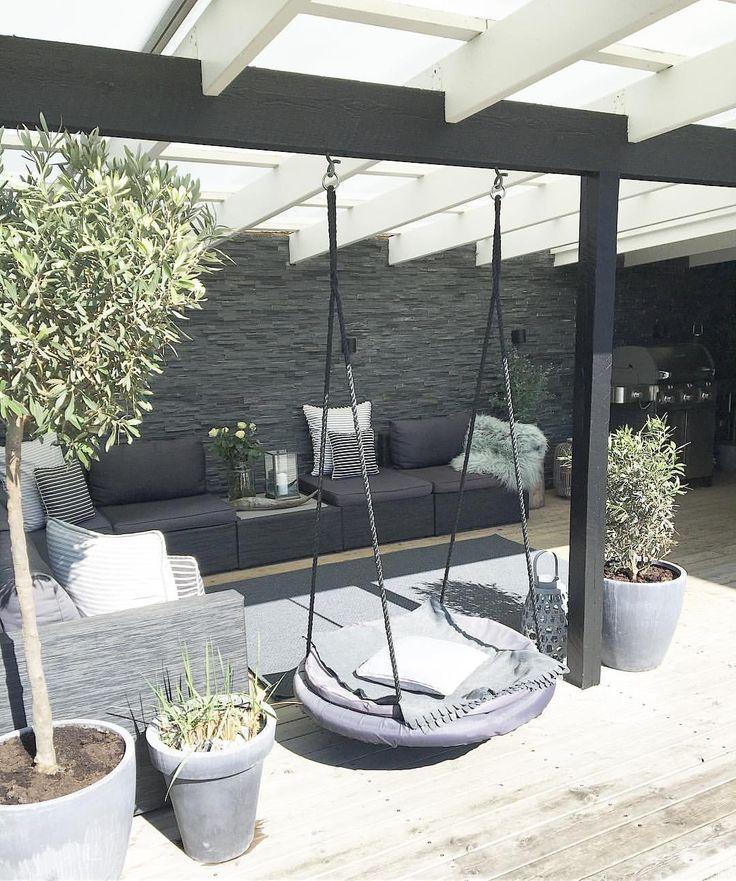 What a beautiful day🌸 . . Endelig kom der sol og lidt varme, jeg er så klar til sommer ☺️👌🏻 . #dacostamyliving#myhome#home#sun#sunday#mzinterior#luksus#handmade#interior#interiør#interiör#interiors#interior123#interiorandhome#interiorstyling#interior4all#interiordesign#nordicminimalism#nordicinspiration#whiteinterior#living#love#photooftheday#lounge#cozy#casachicks1#waspsliving#houzzdk#boligmagasinet