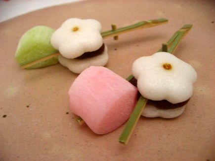 早春の菓子 Early spring confectionery.