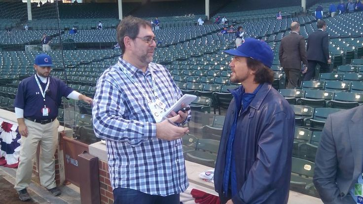 And @TBTimes_Rays and Eddie Vedder #Cubs #NLDS