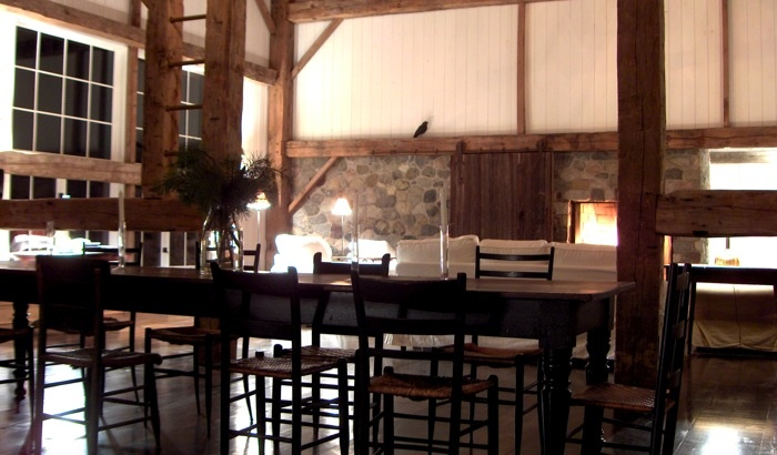 Milo Vineyard: Wingham barn. Love the fireplace, the barn slider door to cover it and the ladder to the loft.