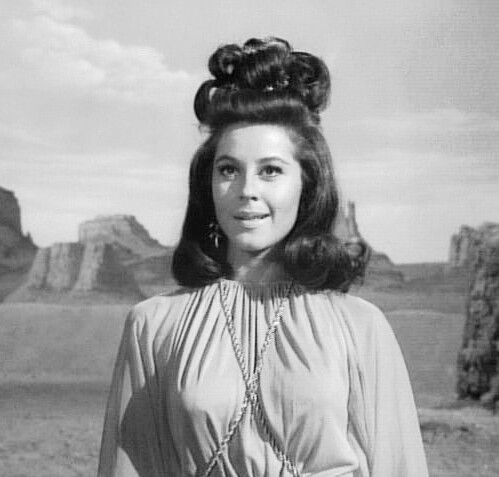 """Lost In Space """"The Space Croppers"""": Sherry Jackson as Effra"""