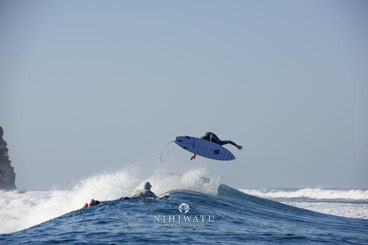 Occy's Left, Nihiwatu's famous surf wave in Sumba Island, Indonesia | Shot by Tania Araujo _ #nihiwatu #nihigram #sumbaisland #indonesia #surfing #occysleft #worldsbestsurf #surfphotography #luxurytravel #luxury #travelandleisure #beautifulplaces #beautifulhotels #beautifulresorts