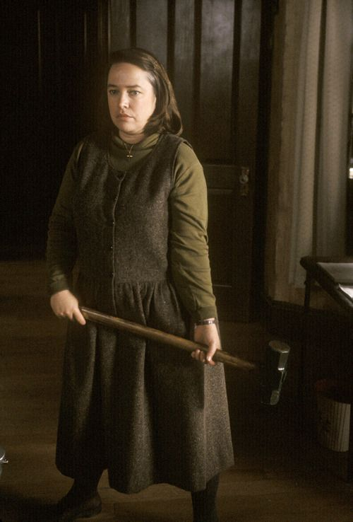 Kathy Bates in Misery. Wonderful Performance (getting ready to make his legs hobbile).oh the pain!!!!!