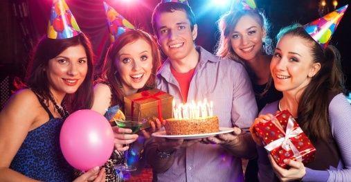 dziewczyny na imprezie urodzinowej - Szukaj w Google