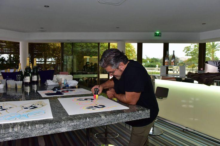 "Marcos MARIN Op'art prepara el ""WSLA Handprints Show"" el 1 Monaco World Sports Legends Award - WSLA, Los Oscars del Deporte. Horizon - Deck, Restaurant & Champagne Bar, @fairmontmc  de Saverio Chiappalone - Equipo MonacoWSLA - PromoArt MonteCarlo Production @visitmonaco @fairmonthotels @radiomontecarlo #wsla16 #monaco #world #sports #legends #award #marcosmarin #art #artist #losocardeldeporte #theoscarsofsport #radiomontecarlo #fairmontmontecarlo #horizonfairmontmonaco"