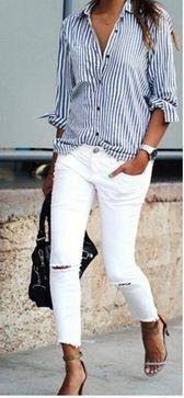 Blau-weiß gestreifte Bluse, toll kombiniert!
