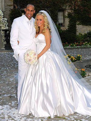 Kendra Wilkinson & Hank Baskett... THE EXACT WEDDING GOWN I WANT!!!