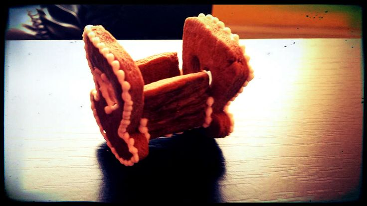 Miniature Gingerbread Baby Rocking Cot